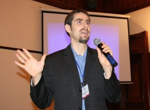 "2009-2010 / Balthas Seibold presents at the first FOSS Bridge ""EU-Vietnam"" onference in Hanoi, Vietnam / Photo: Mario Behling for FOSS Bridge EU-Vietnam / CC-Licence, see source"