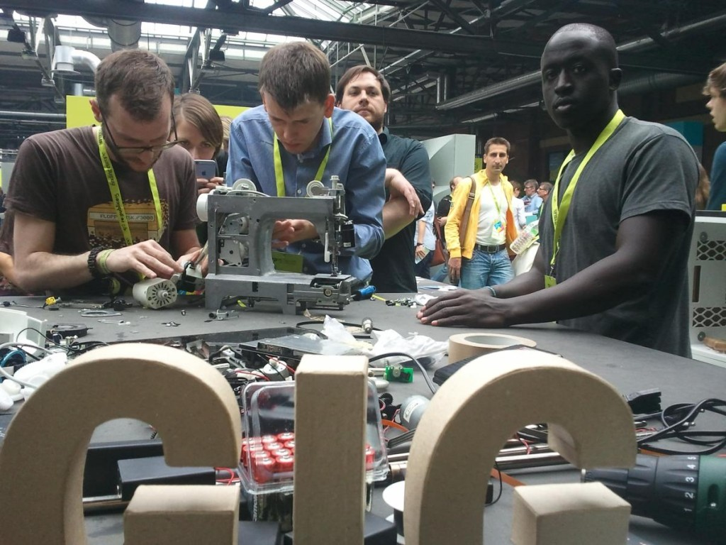 Roy Mwangi Ombatti builds a 3D printer from waste materials at re:publica 2015